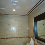 Two tone metallic plaster in ceiling